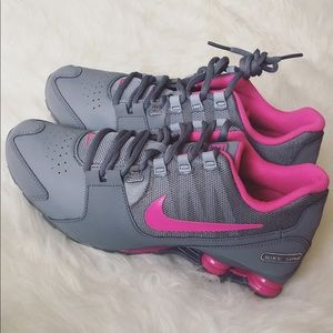 63c72bda06bb3 Nike Shoes - New! 🌺 Rare Nike Shox Grey Pink 7Y 8.5W